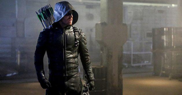 Vídeo inédito da 5ª temporada de Arrow: conheça o novo time